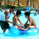 Beach Park recebe 400 crianças no Natal da ONG Sonhar Acordado