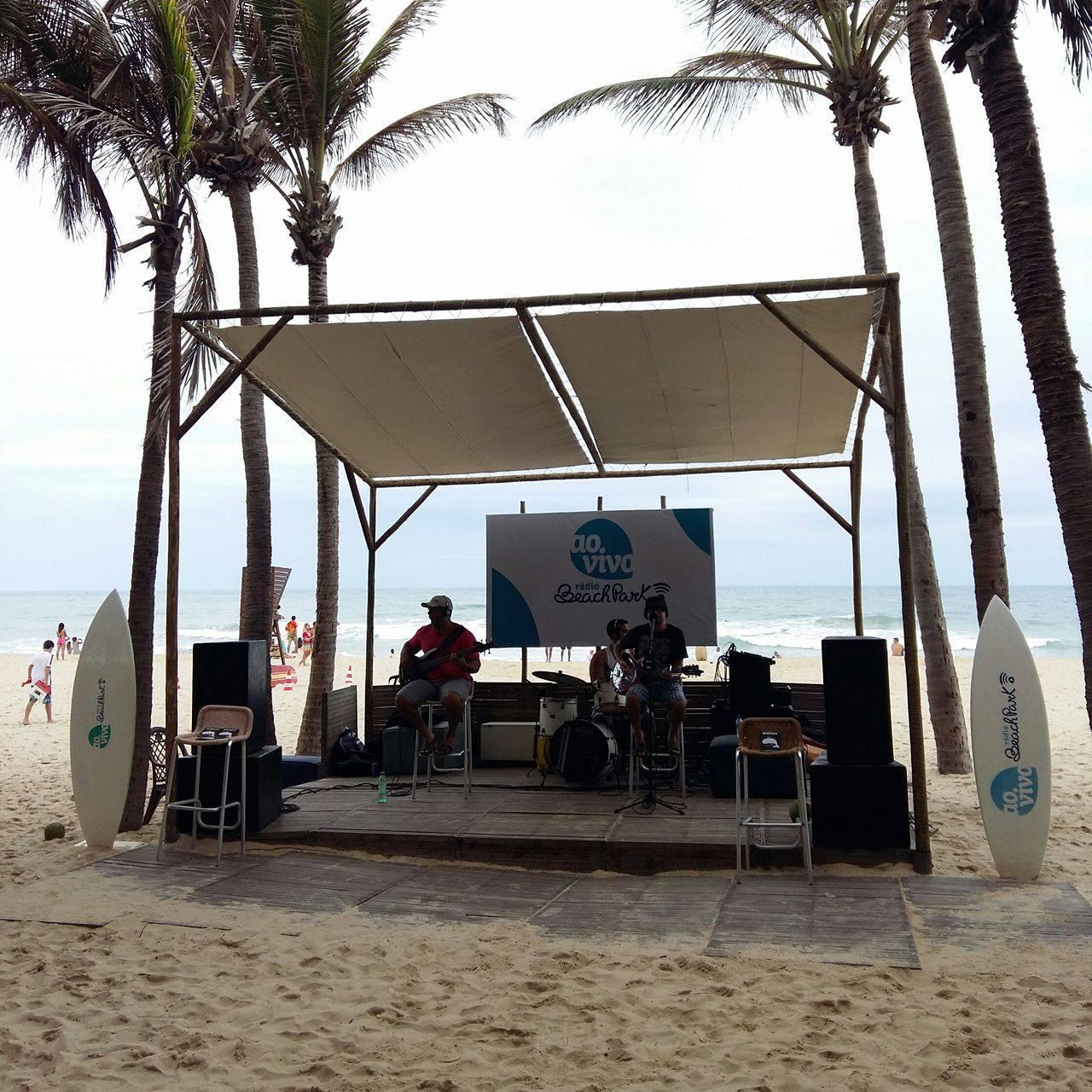 Sol, mar e muita música no Ao Vivo Beach Park!