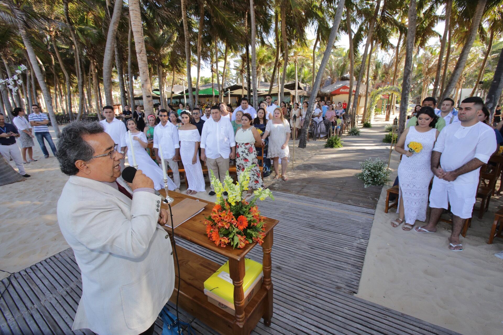 Primeiro Casamento Coletivo no Beach Park